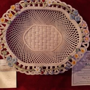 Belleek, Ireland Woodland Porcelain Lace Basket